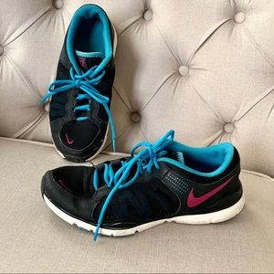 NIKE | Size 8 Running shoes Sneakers